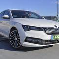 Családi autónak is ideális az új hibrid Superb iV