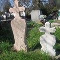 Porladó sírkövek, eltemetett történelem a nagyváradi köztemetőben