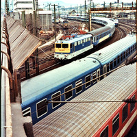 4 trains