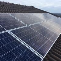 Hogyan tervezzük és készítsük elő házunkat a napelemes rendszerhez