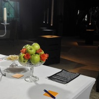 A Bálnában nyíló, A boldogságnak szekvenciáiról című kiállításról