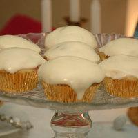 Meggyes vaníliás tortácskák, citromkrémmel