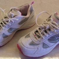 Alapdarab#sport(os) cipő