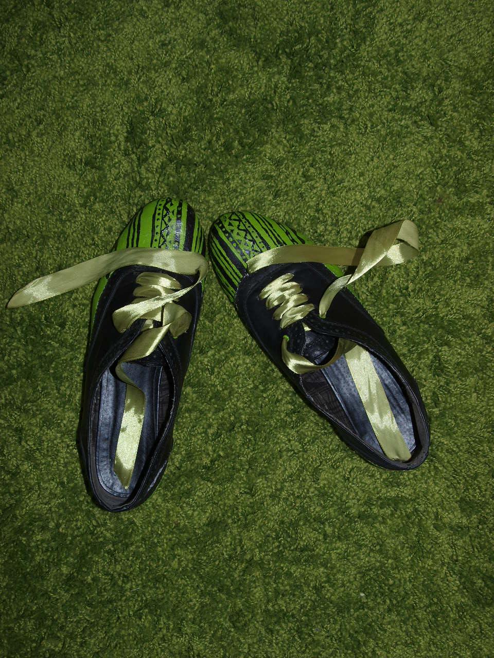 2013-ban már zöld lett a cipőm