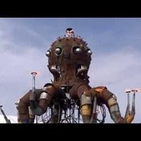 Tűzokádó steampunk polip-orgona!