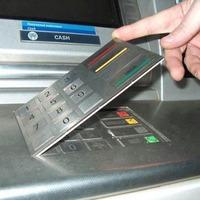 Bankautomatás csalók egyik kedvelt módszere