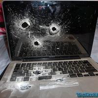 Mafiatag laptopja...