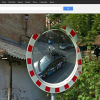 Már a Google is a tükörben fotózkodik