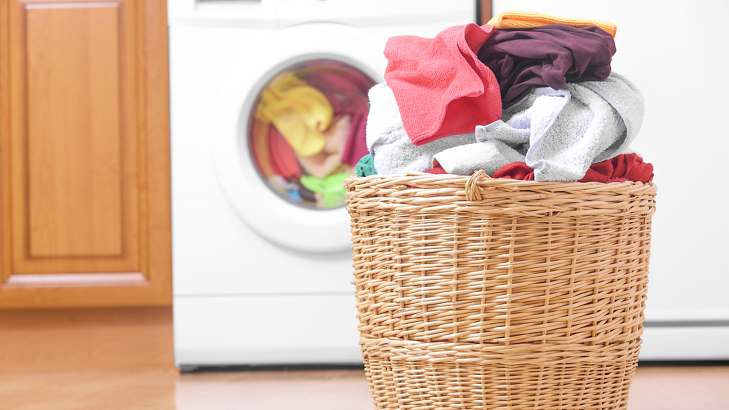 laundry-stock-today-160808-tease_8816217b49c15bf3fc07bbcd6558c2db.jpg