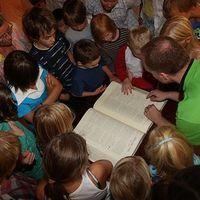 Istennek fontosak a gyerekek