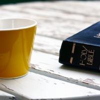 Legyen a Biblia a hangulatemelőd