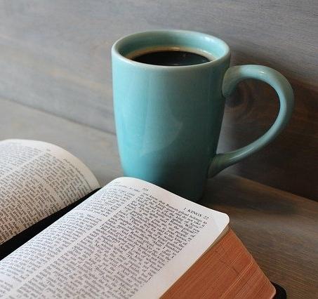 bible-896220_640_1.jpg