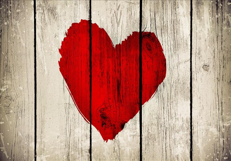 heart-wooden-wall.jpg