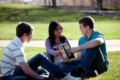 youth-share-gospel.jpg