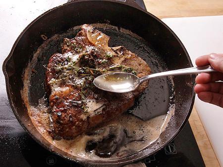 20121204-big-ass-steak-butter-basted-15.jpg