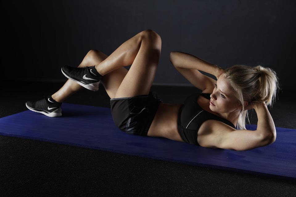 Testmozgás, fehérjebevitel, fehérjeporok - A sporttáplálkozási szakértő válaszol