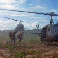 UH-1 Huey, a vietnami háború jelképe