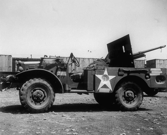 dodge_wc55_m6_37_mm_gmc.jpg
