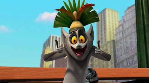 julien-the-lemurs-team-22214502-500-281.jpg