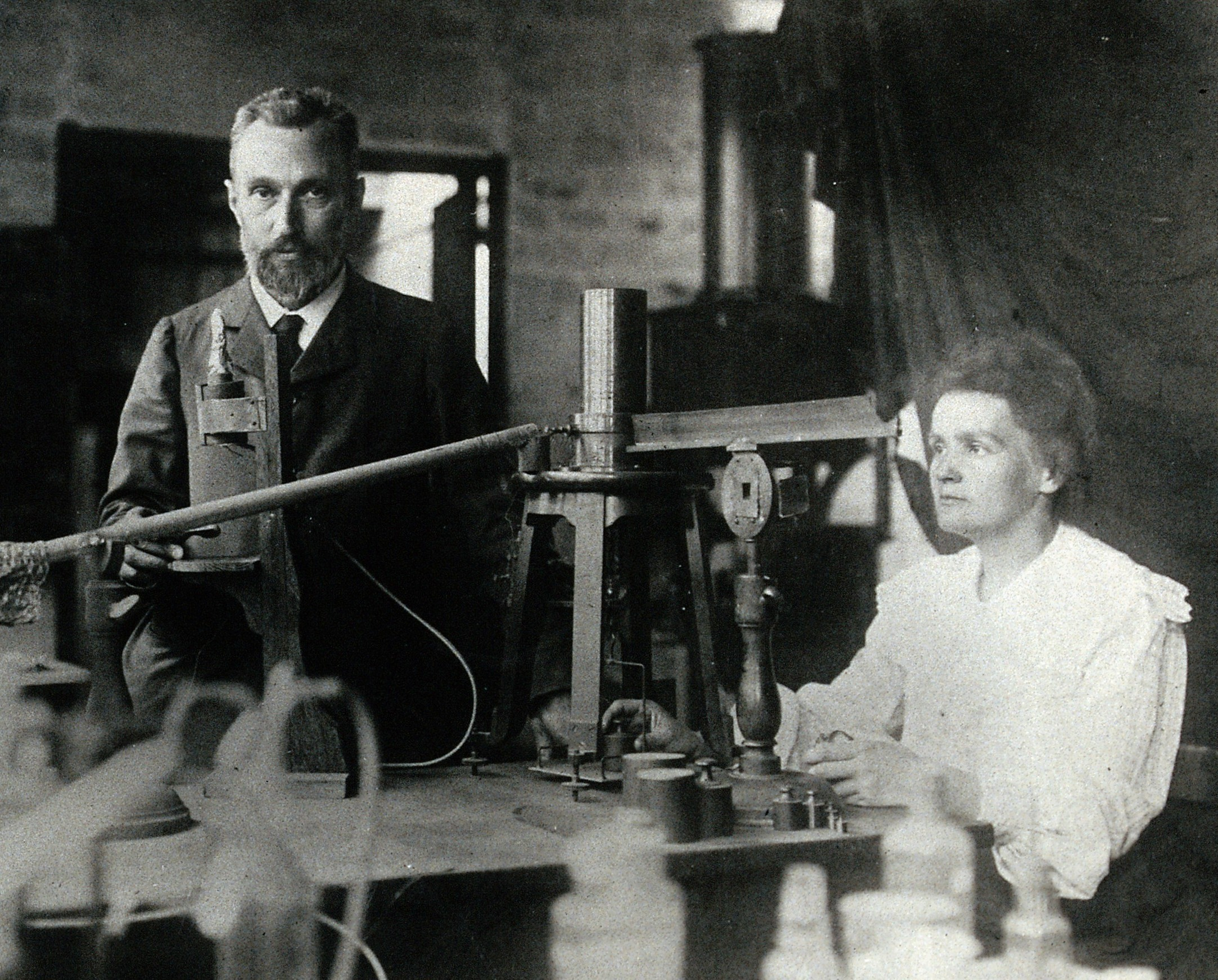 pierre_and_marie_curie.jpg