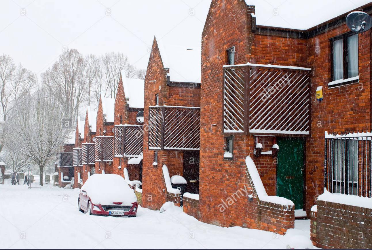 canterbury-uk-gas-street-snow-covered-street-winter-scene-cf1968.jpg