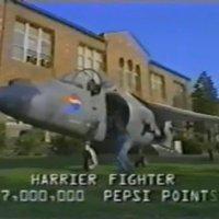 Igyál Pepsit, vegyél vadászgépet!