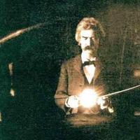 Tom Sawyer, a Sátán, meg a melltartóhorgok: Mark Twain