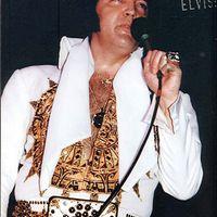 100.000 kalória, elképesztő buké, pajesz: Elvis