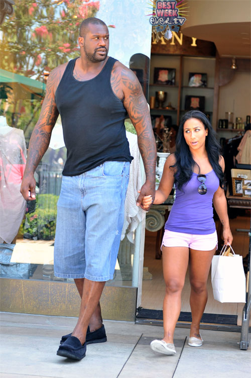SHAQ-AND-HIS-LADYFRIEND-01-1312918941.jpg