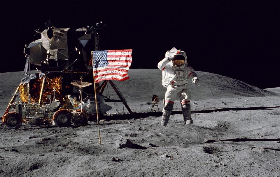 buzz-aldrin-moon-landing.jpg