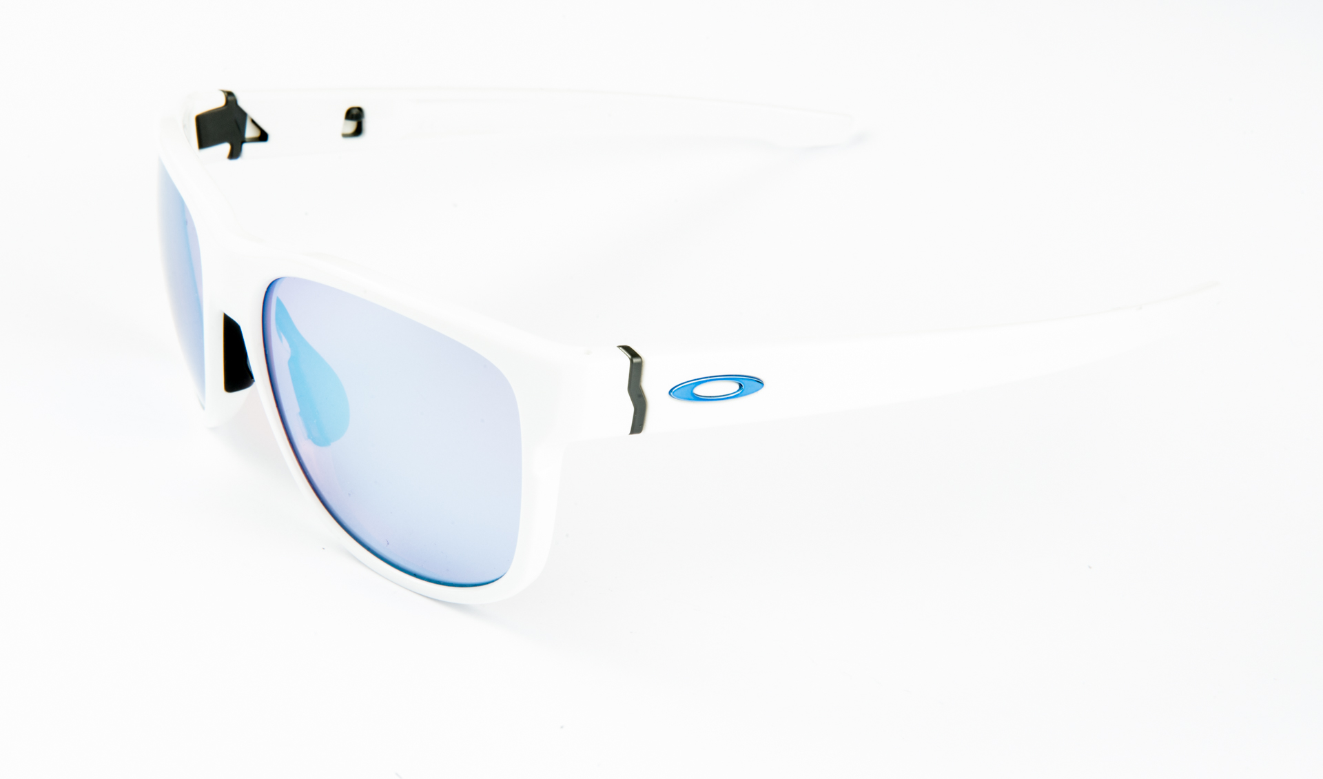 oakley17_41_of_48.jpg
