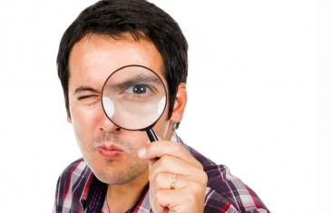 man-magnifying-glass-367x235.jpg