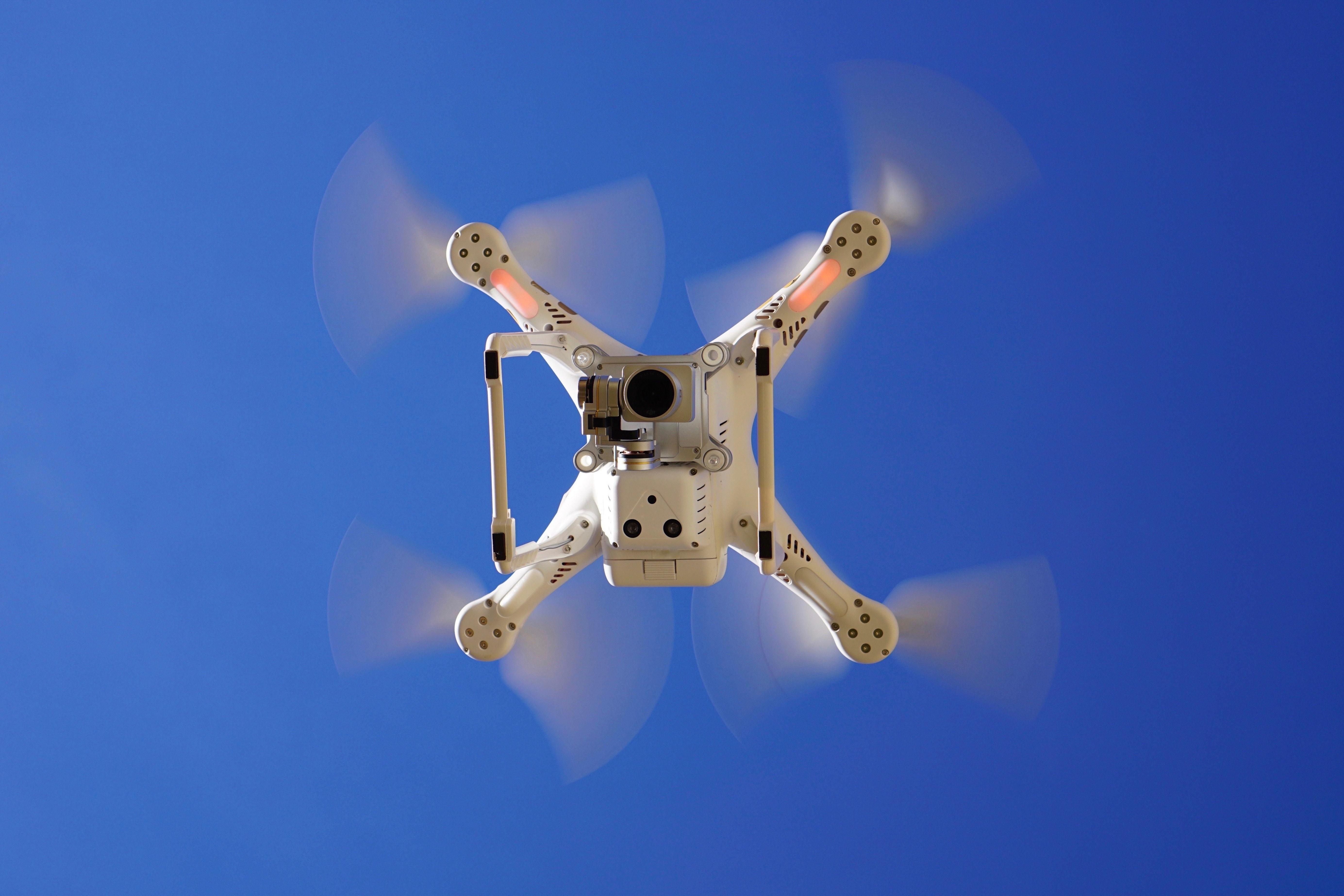 dron01.jpg