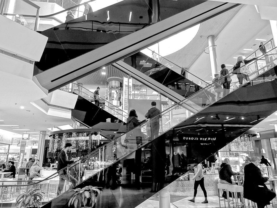 escalator-1789797_960_720_1.jpg