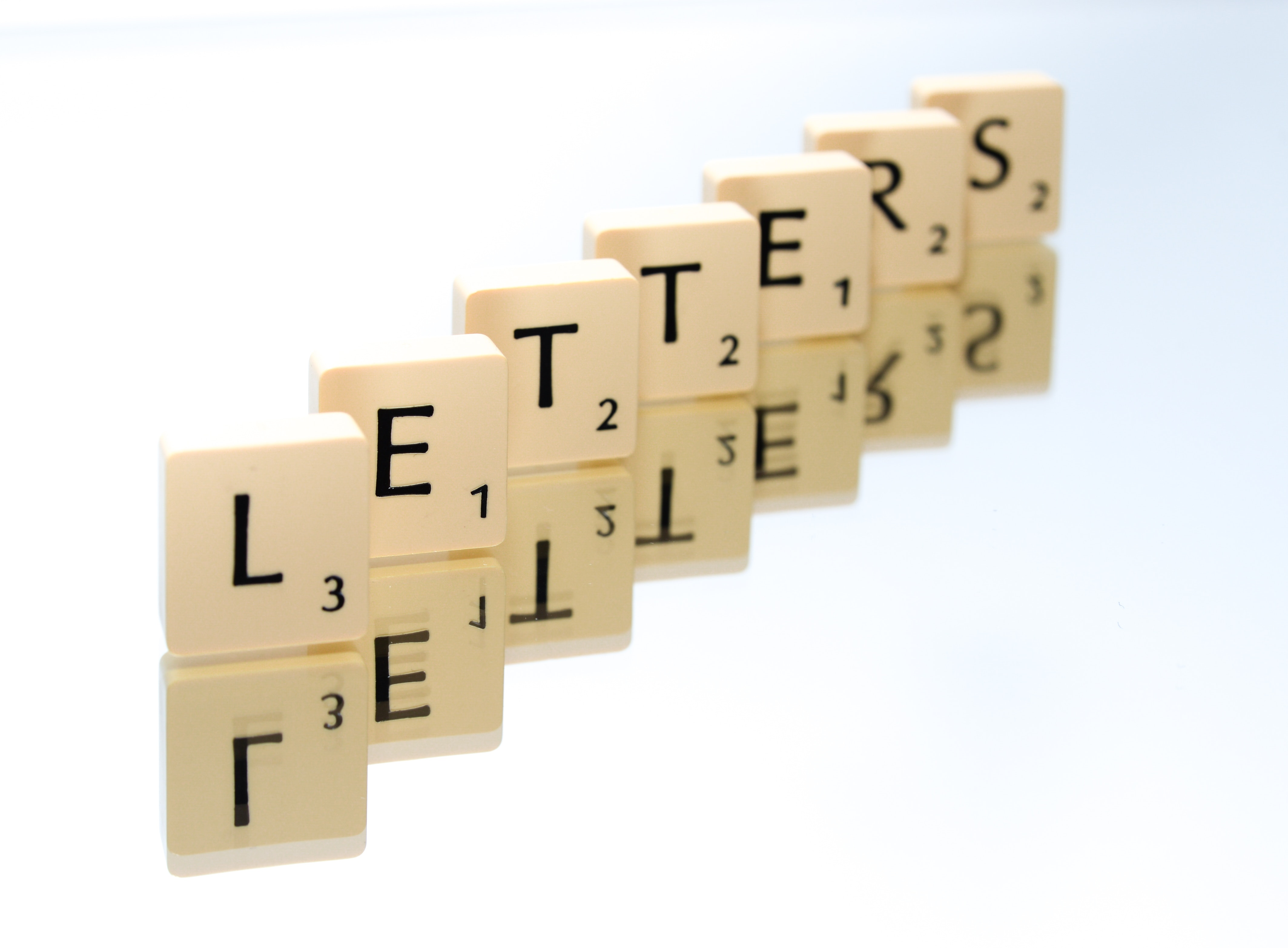 game-letters-reflection-705178.jpg