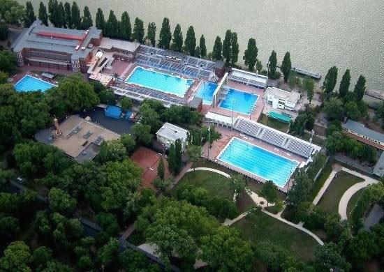 alfed-hajos-swim-stadium-topview.jpg
