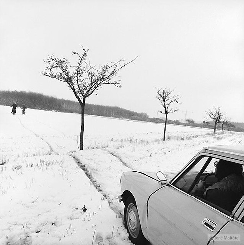 Nyomok  © René Maltête