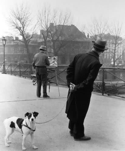 Robert Doisneau, Le Fox-Terrier au Pont des Arts
