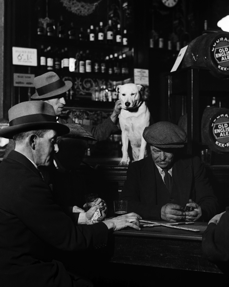 Bill Brandt, Domino players, North London pub, 1935.<br />