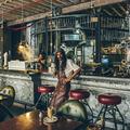 Truth a steampunk kávézó
