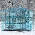 Ház üvegből