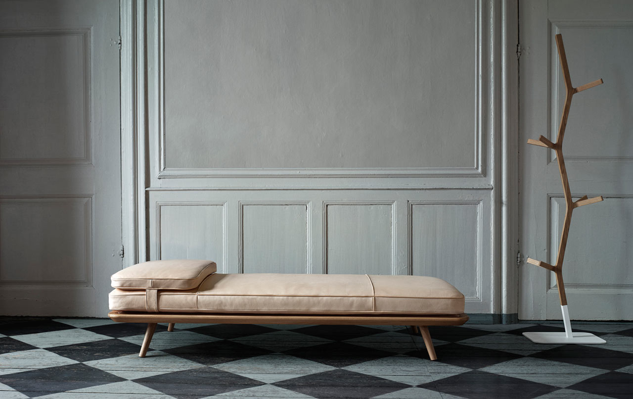 fredericia-furniture-spine-2-daybed.jpg