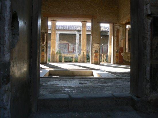 pompei udvar.jpg
