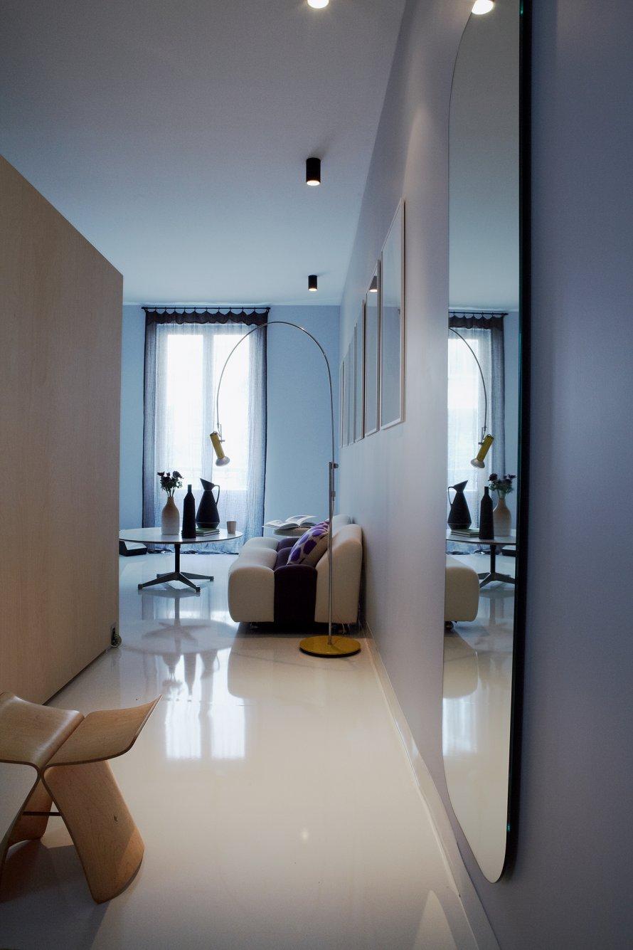 couloir_avec_miroir.jpg