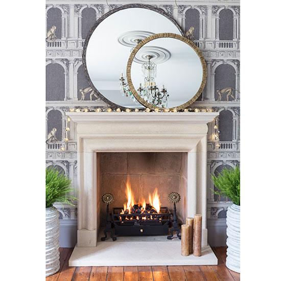 fireplace1_jpg_living.jpg
