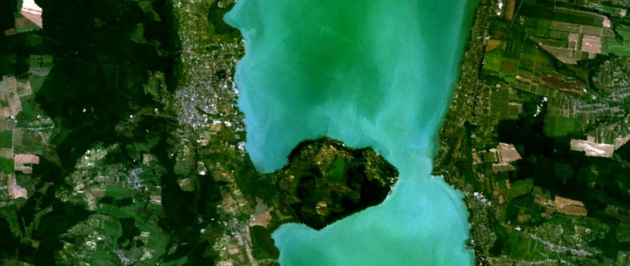 satellite_image_of_lake_balaton3.jpg