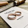 Vésess egyedi feliratot vagy mintát a karikagyűrűdbe!