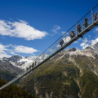 Svájcban megnyitották a világ leghosszabb függőhídját