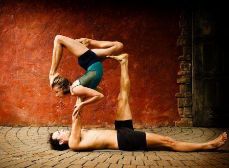 Acro Yoga Chiang Mai.jpg