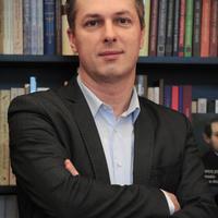 Felívelő pályán – Interjú Boka Lászlóval, az OSZK tudományos igazgatójával, az OSZK Kiadó vezetőjével